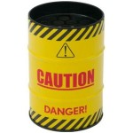 Scrumiera in forma de butoias inscriptionata Danger